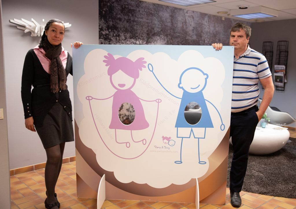 Paris & Billy - hyra leksaker och barnkläder - Simone Claesson och Per-Erik Erixon